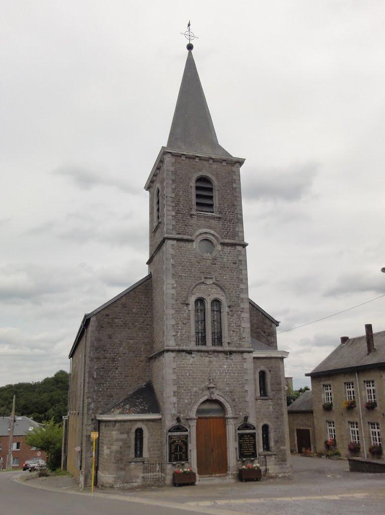 De kerk van Marenne, gebouwd in 1908.